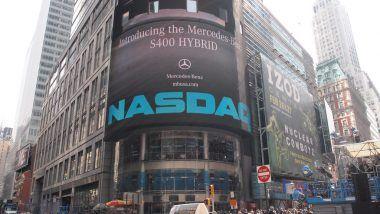Index NASDAQ na historickém maximu