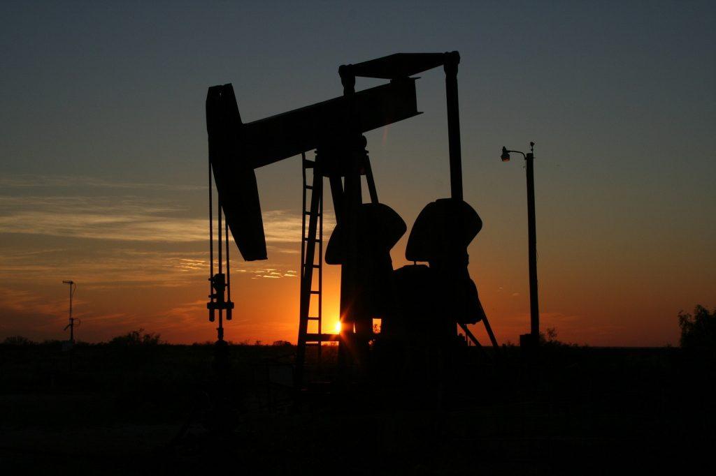 ropné akcie