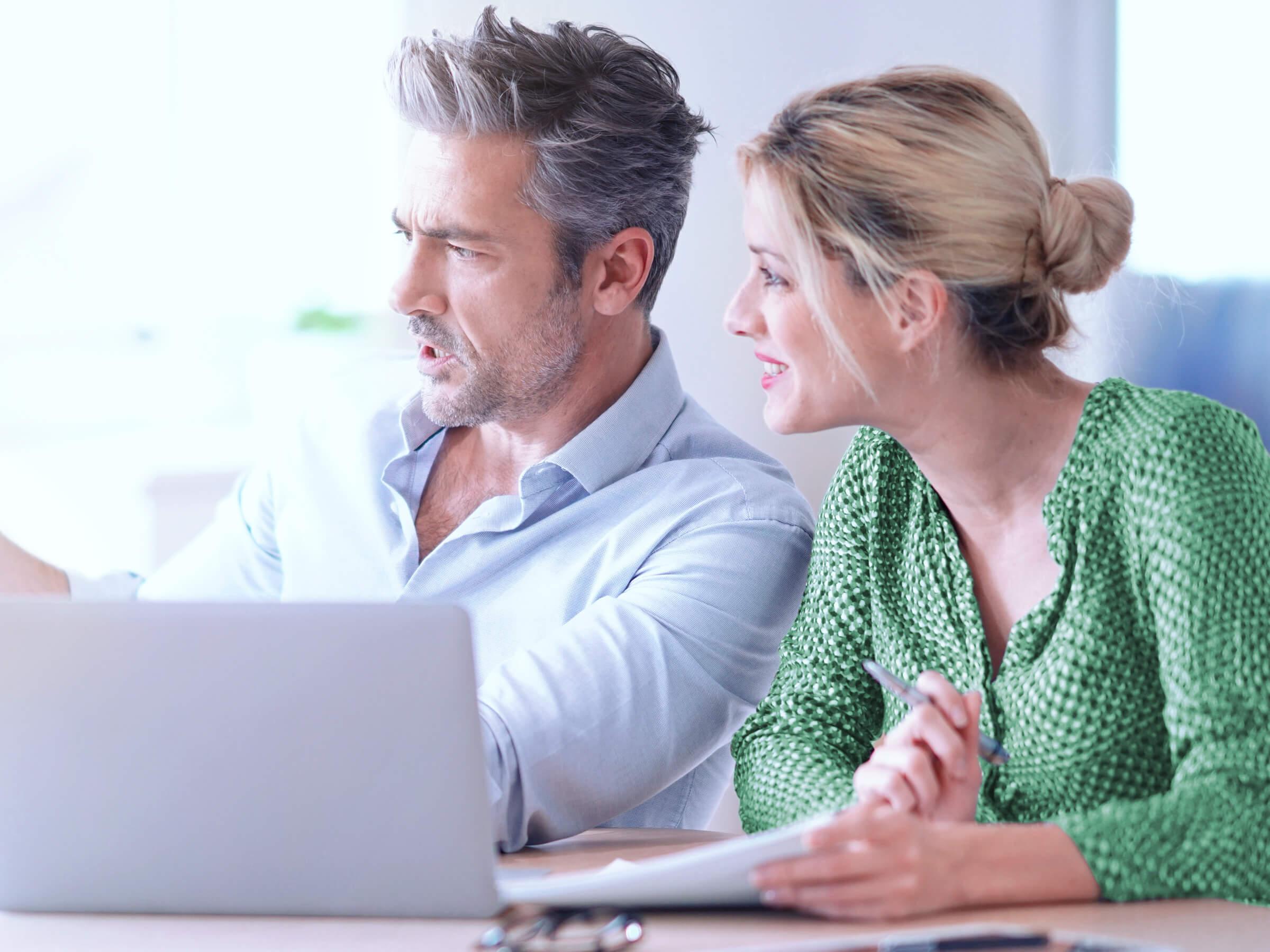 Investoři a klienti online brokera LYNX porovnávají nízké spready na devizovém trhu