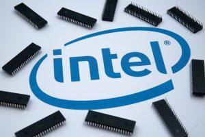 Akcie Intel