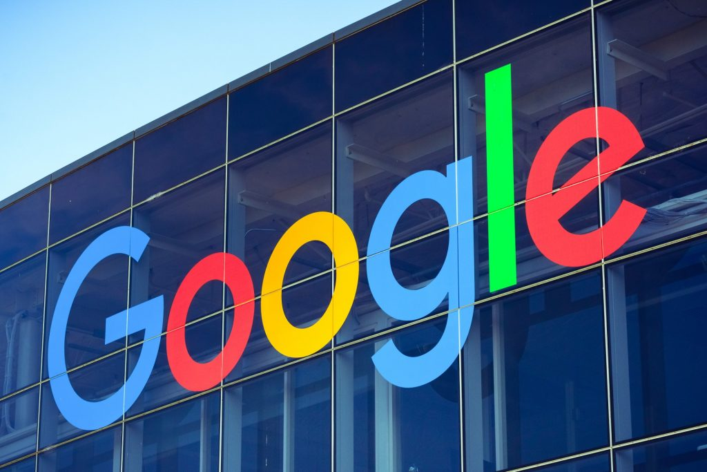 Akcie Alphabet - Google